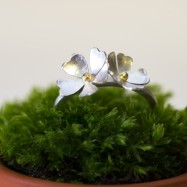 NEW – primrose ring with two flowers