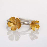 NEW – buttercup rings two stacking